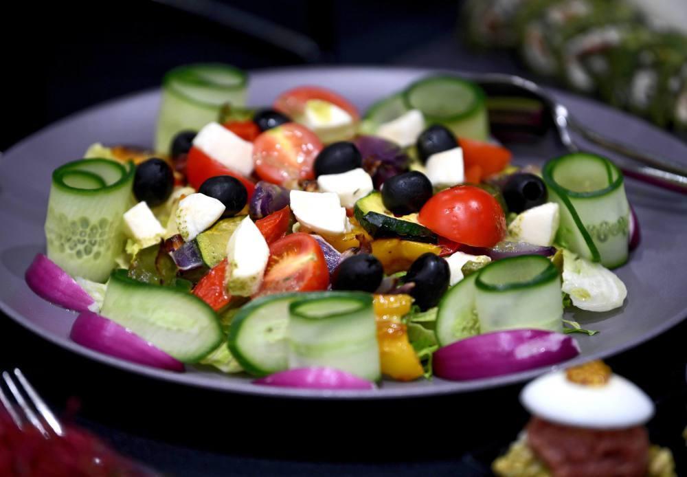Dieta niskokaloryczna zmienia mikrobiom jelitowy