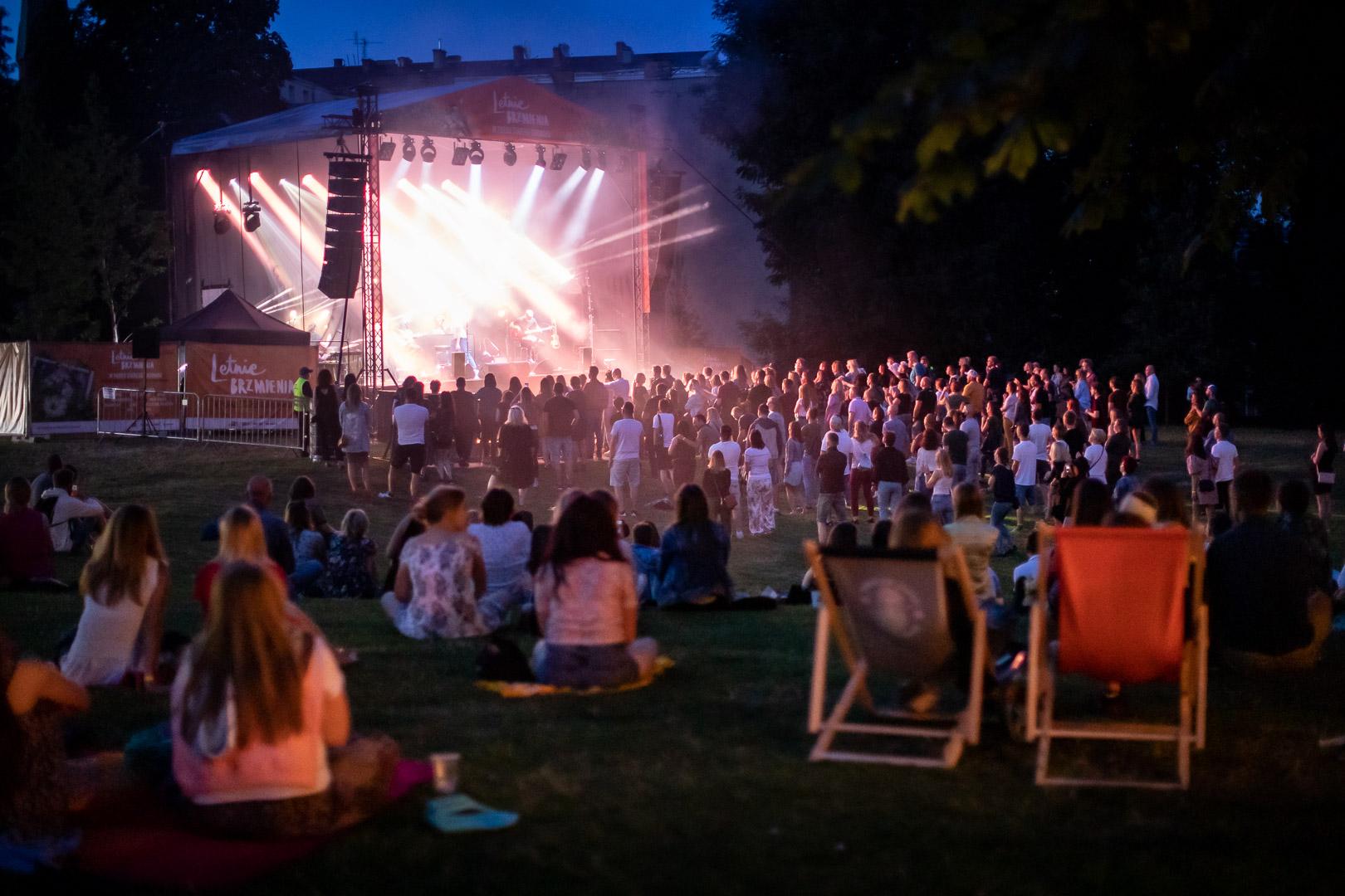 Kupuj koncertowo w Starym Browarze – zrób zakupy i odbierz bilet na koncert