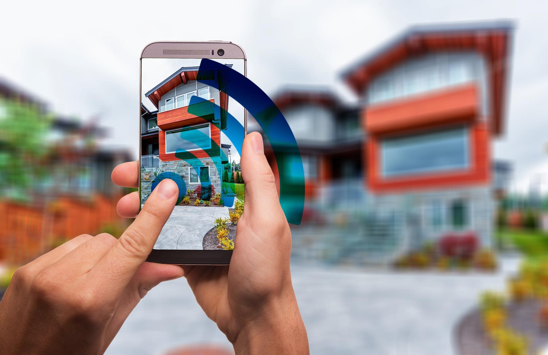 Poznaniacy coraz chętniej inwestują w smart mieszkania i domy