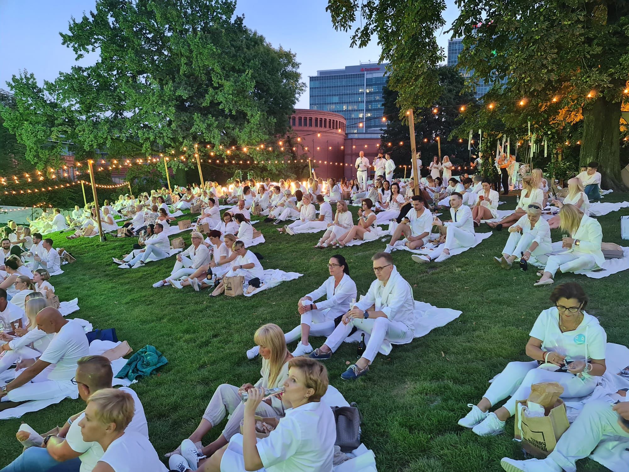 Cali na biało czyli największe wydarzenie modowe w roku!